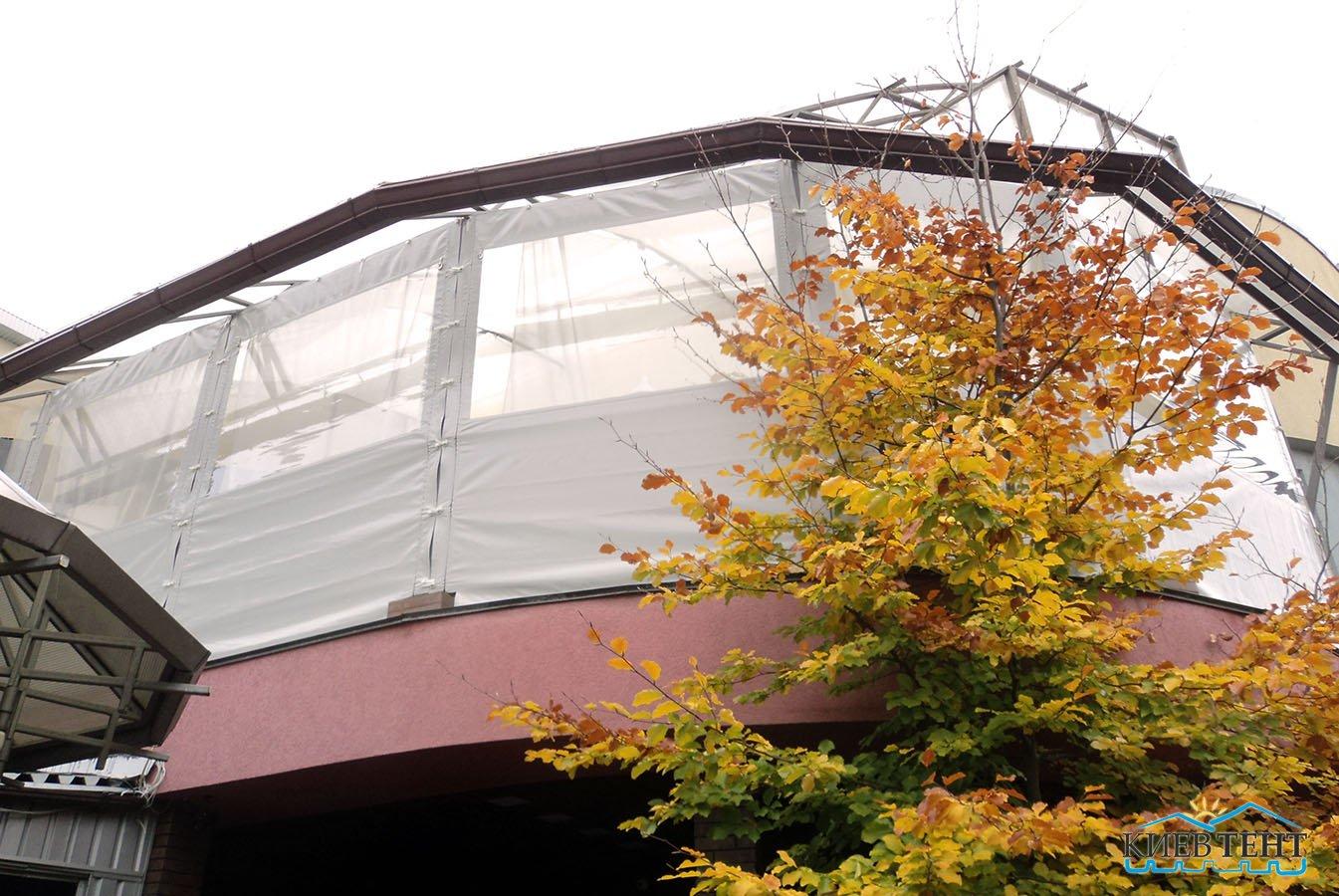 тентовые окна балкона
